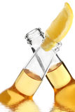啤酒欢呼 免版税图库摄影