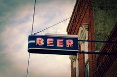 啤酒氖 免版税图库摄影