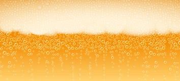 啤酒泡沫背景苦涩贮藏啤酒的光 皇族释放例证