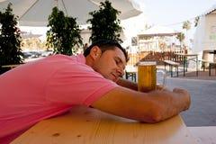 啤酒爱 免版税库存图片