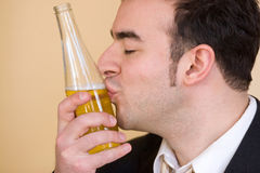 啤酒爱 免版税库存照片