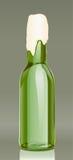 啤酒瓶泡沫玻璃绿色 库存例证