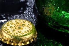 啤酒瓶盖帽 库存图片