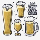 啤酒的桶装啤酒手拉的传染媒介设计不同的玻璃在白色背景 库存例证