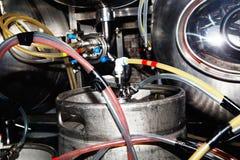 啤酒的生产的设备 库存图片