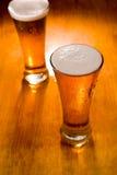 啤酒第一块重点玻璃二 免版税库存照片