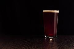 啤酒红色强麦酒 免版税库存图片