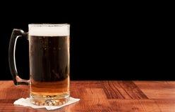 啤酒草稿光 库存照片