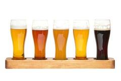 啤酒飞行。 免版税图库摄影