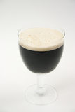 啤酒黑暗烈性黑啤酒 免版税库存图片