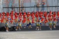 啦啦队员唱诗班性能 免版税库存照片