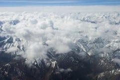 喀喇昆仑山脉俯视图在Ladakh,印度 免版税库存照片