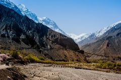 喀喇昆仑高速公路在巴基斯坦 库存图片