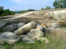 喀尔巴阡山脉的地质石头  免版税库存图片