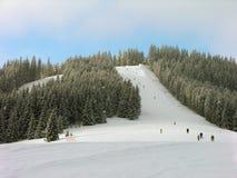 喀尔巴阡山脉的山滑雪跟踪 免版税库存照片