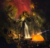 喀尔巴阡山脉最高的瀑布- Manyavsky 免版税库存图片