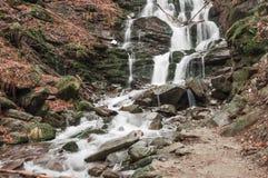 喀尔巴阡山脉河 库存图片