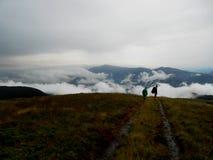 喀尔巴阡山脉的山顶视图 图库摄影