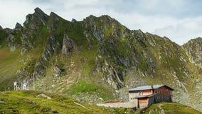 喀尔巴阡山脉的庭院timelapse,在Fagaras山拍的照片,特兰西瓦尼亚罗马尼亚 股票录像