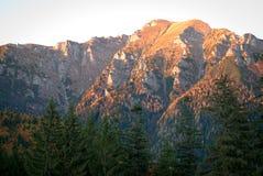 喀尔巴阡山脉的日落 免版税库存图片