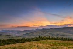 喀尔巴阡山脉的晚上 免版税库存照片