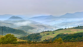 喀尔巴阡山脉的有雾的早晨 图库摄影