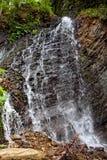 喀尔巴阡山脉的Waterfall.The瀑布位于近到小镇Yaremcha河Zhenets的入库 库存图片