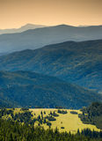 喀尔巴阡山脉谷 免版税库存照片