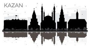 喀山俄罗斯市地平线黑白剪影 免版税库存图片