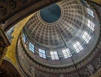 喀山大教堂的圆顶 图库摄影