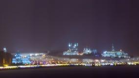 喀山,俄罗斯联邦2017年12月24日:喀山克里姆林宫的看法在晚上在冬天 免版税图库摄影