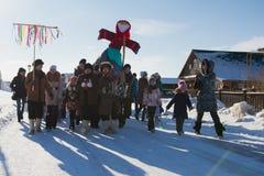 喀山,俄罗斯- 2017年2月28日- Sviyazhsk海岛:薄煎饼星期-俄国种族狂欢节Maslenitsa, Shrovetide 库存图片