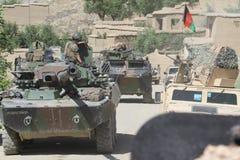 喀布尔,阿富汗-大约, 2011年 AMX-10坦克的军团的士兵在一项战斗任务期间在阿富汗 免版税库存图片