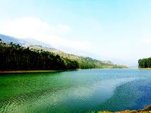喀拉拉的一个美丽的湖 免版税库存照片