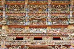 喇嘛寺院木头雕刻 库存图片