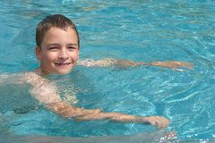 喜欢游泳 免版税库存图片