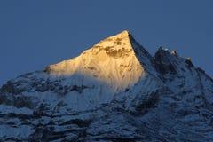 喜马拉雅山尼泊尔日落 库存照片