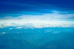 喜马拉雅山山美好的风景,从airpla的看法 图库摄影