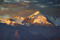 喜马拉雅山山 免版税库存照片
