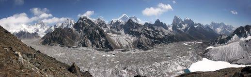喜马拉雅山珠穆琅玛地区全景,尼泊尔 免版税库存图片