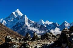喜马拉雅山的斯诺伊山 免版税库存照片