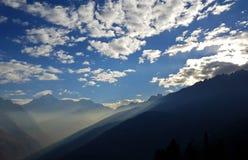喜马拉雅山的美丽的云彩 免版税库存图片