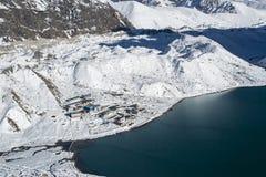 喜马拉雅山ang Gokyo的美丽的景色从Gokyo Ri的 免版税库存照片