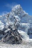喜马拉雅山nuptse 库存图片