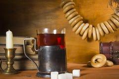 喝在葡萄酒样式的茶 图库摄影