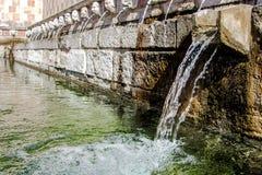 99喷口Fontana delle 99 cannelle的喷泉, L天鹰座 库存图片