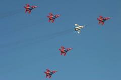 喷气式歼击机在airshow的显示队 免版税库存照片