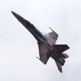 喷气式歼击机CF-18大黄蜂空中显示 库存图片