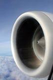 从喷气机巡航的翼视图 免版税库存图片