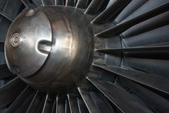 喷气机引擎入口机制特写镜头  免版税库存图片
